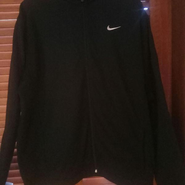 Blusa therma fit nike