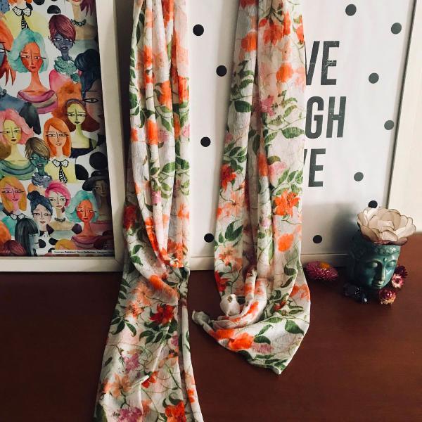lenço floral