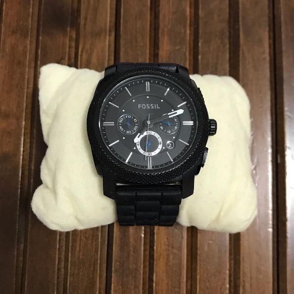 Relógio fóssil cor preta