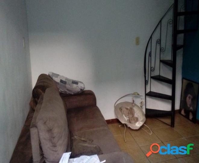 Casa triplex 3 quartos (sendo 2 suites) - quintino, vendo seu imovel