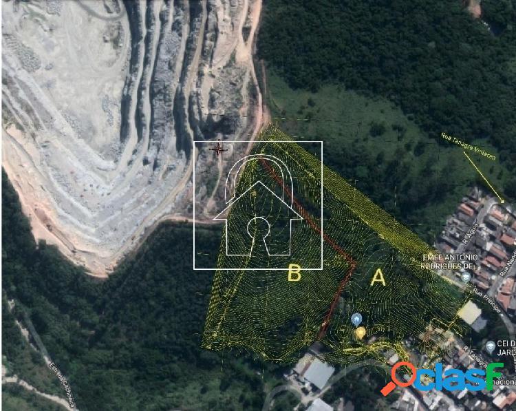 Terreno p/ incorporação/logística com 46,377m² à venda em parada de taipas