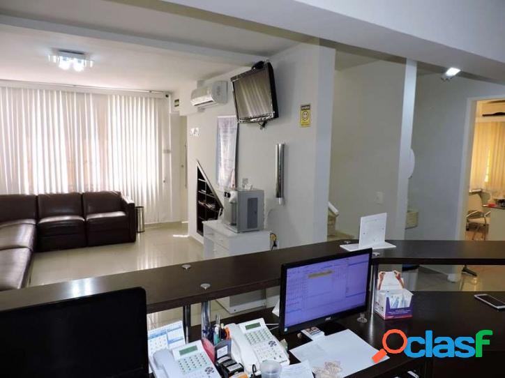 Centro de cotia - casa comercial (clínica odontológica)