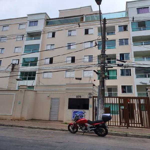 Apartamento para aluguel possui 70 metros quadrados com 3
