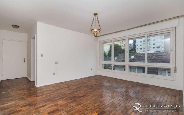 Apartamento para venda tem 75m2, 2dorm. com elevador, em