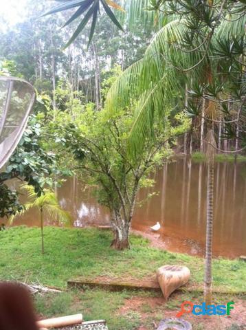 Sítio 2 alqueires à venda com lago, casa sede e próximo à represa