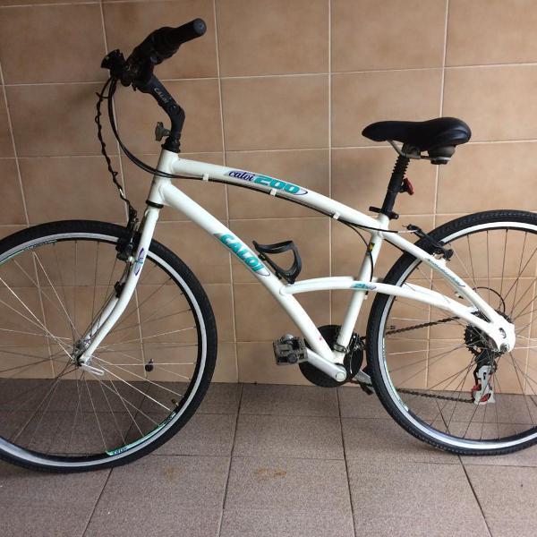 Bicicleta caloi 200 aro 26 branca