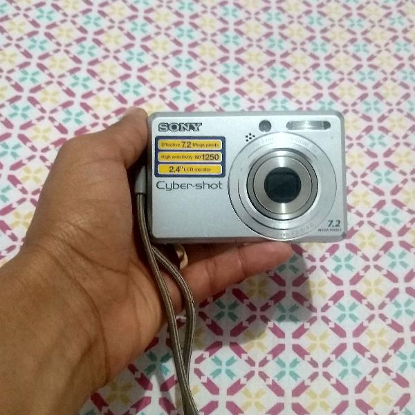 Camera fotográfica sony cyber-shot 7.2 mega pixels