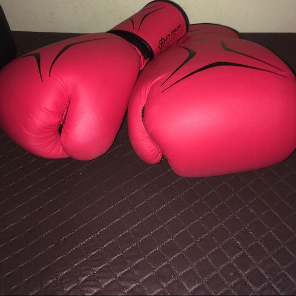 Luva muay thai/ boxe 12 oz