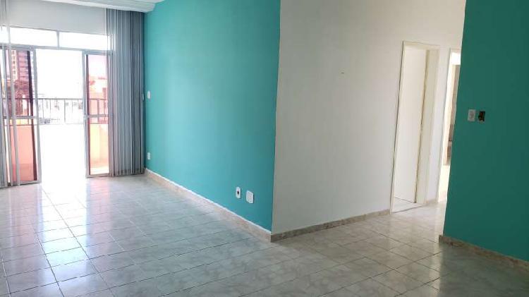 Apartamento a venda com 90 metros quadrados com 3 quartos em