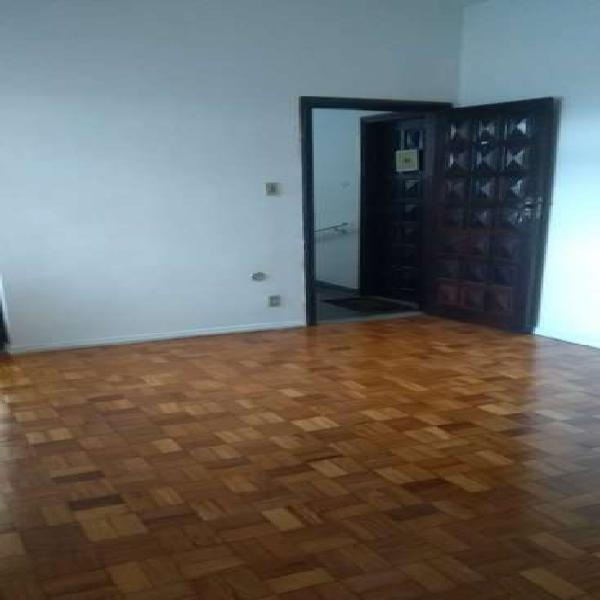 Apartamento de dois quartos, sala copa-cozinha, banheiro,