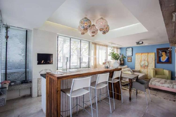 Cobertura duplex com 3 dormitórios à venda na trindade em