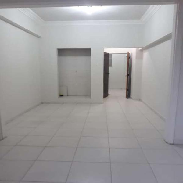 Sala Comercial com 35 metros na Amaral Peixoto, Centro de