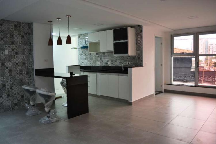 Apartamento reformado na Vila Olímpia, ótima localização