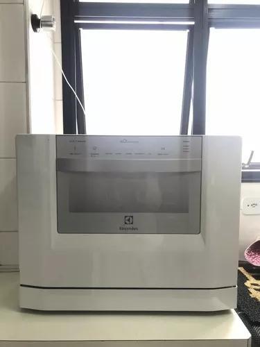 Máquina de lavar louca electrolux