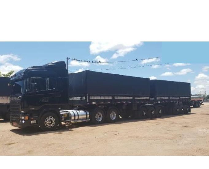 Scania r440 6x4 engatado
