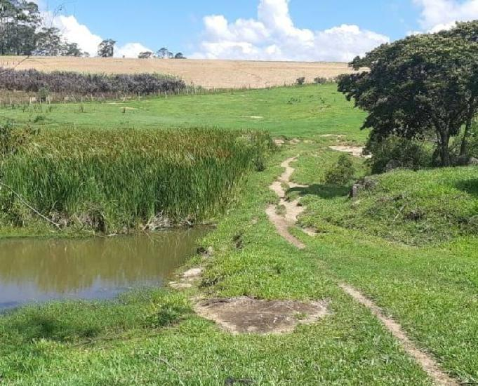 Terrenos 1.250 mts - condomínio fechado - linda região