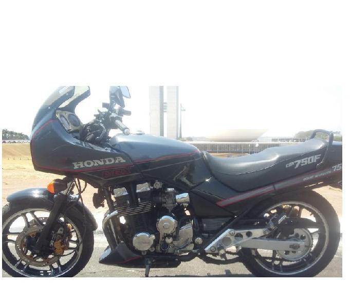 Vendo moto cbx 750 four (7 galo) linda!!!