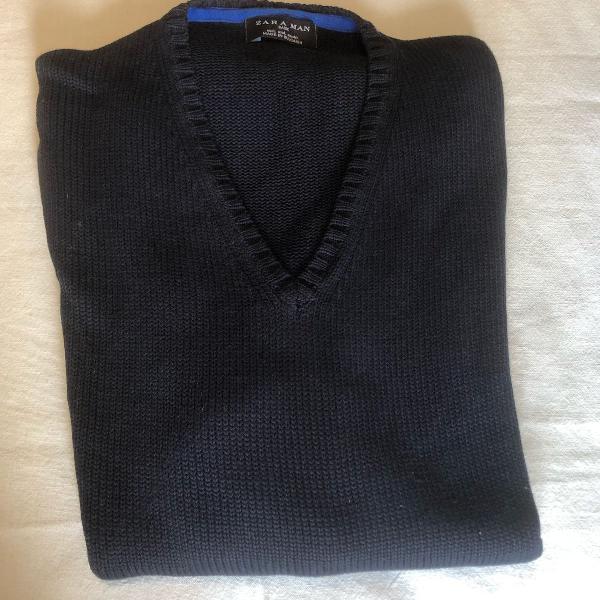 Suéter em linha azul marinho