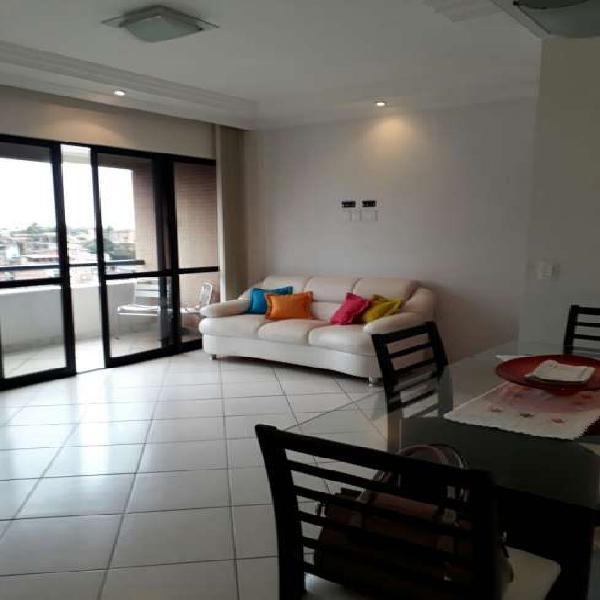 Apartamento 2/4 com varanda no Rio Vermelho