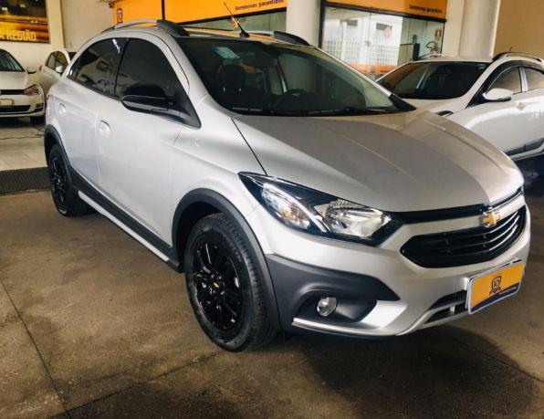 Chevrolet onix hatch activ 1.4 8v flex 5p aut. flex -