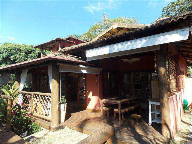 Casa de Condomínio com 4 dorms, Curral, Ilhabela - R$ 1.35