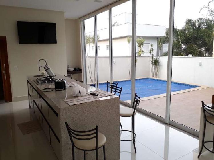 Casa de condomínio para venda com 285 metros quadrados com