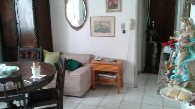 Excelente apartamento tipo casa com 3 quartos, junto tijuca