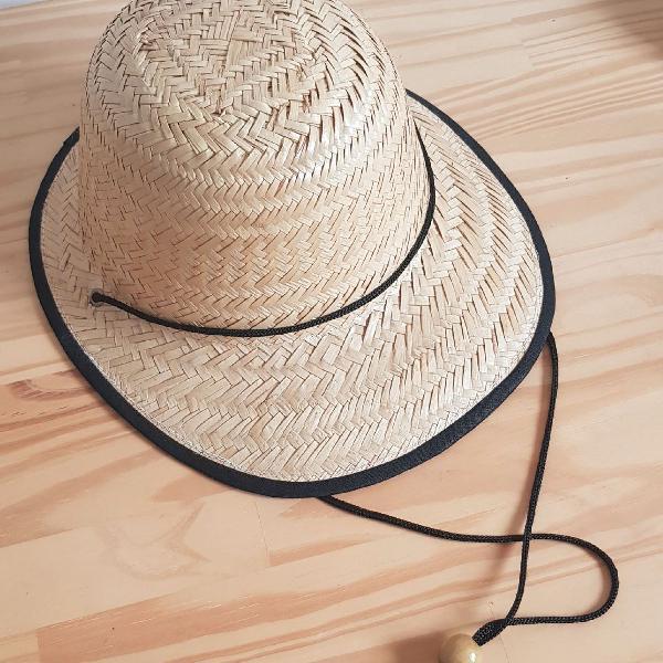 Chapéu em palha aba curta estampa diversas