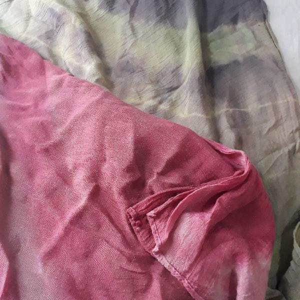 Lenço rosa e verde