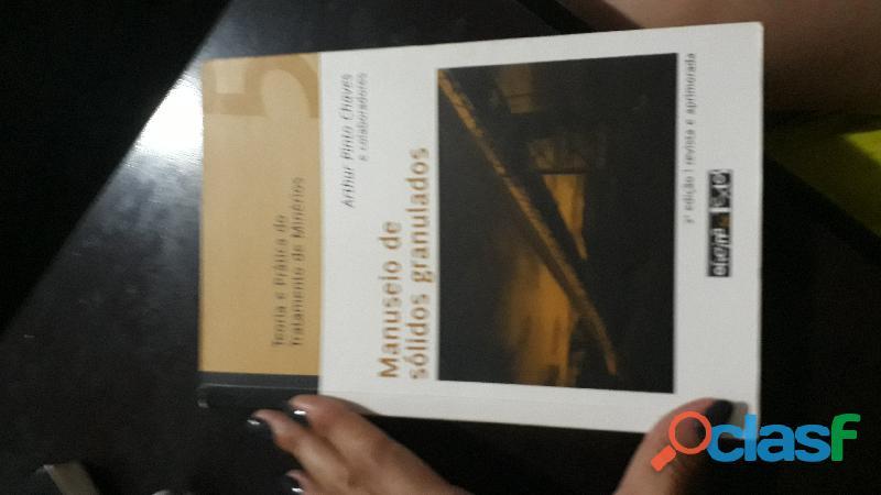 Livro teoria e prática do tratamento de minérios   manuseio de sólidos granulados