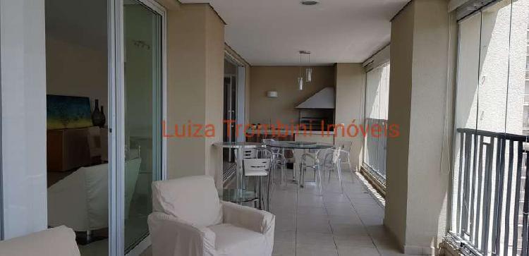 Belo apartamento mobiliado para alugar com 234m² no