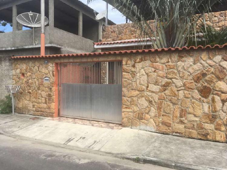 Casa linear de 60 m2 com 2 quartos em guaratiba - rj