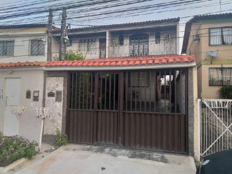 Excelente casa de 2 quartos em bangu - próximo do comercio