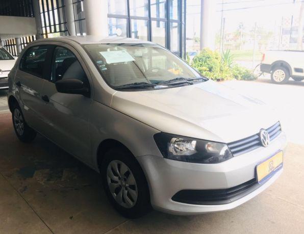 Volkswagen gol (novo) 1.0 mi total flex 8v 4p flex -