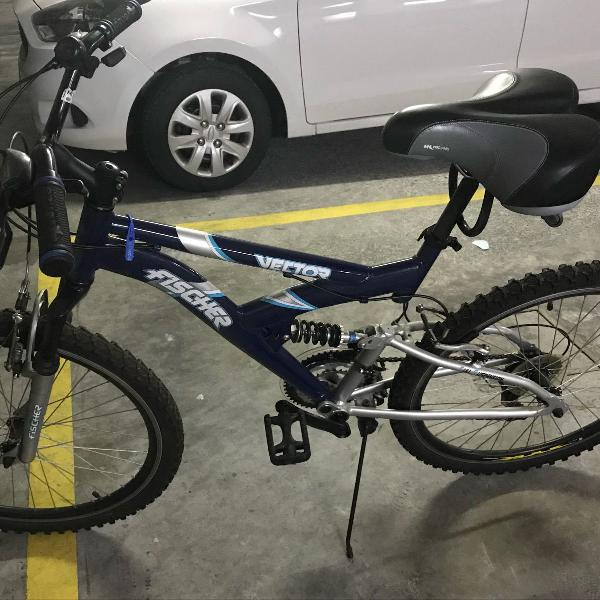 Bicicleta full suspension fischer