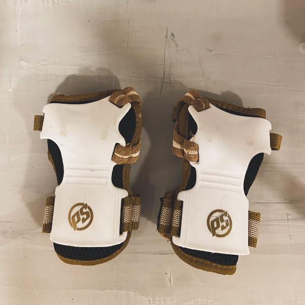 Luva protetora patins ou skate