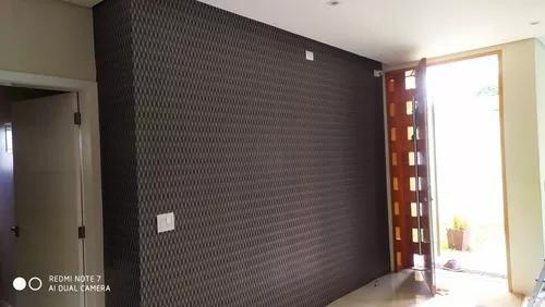 Instalador de papel parede