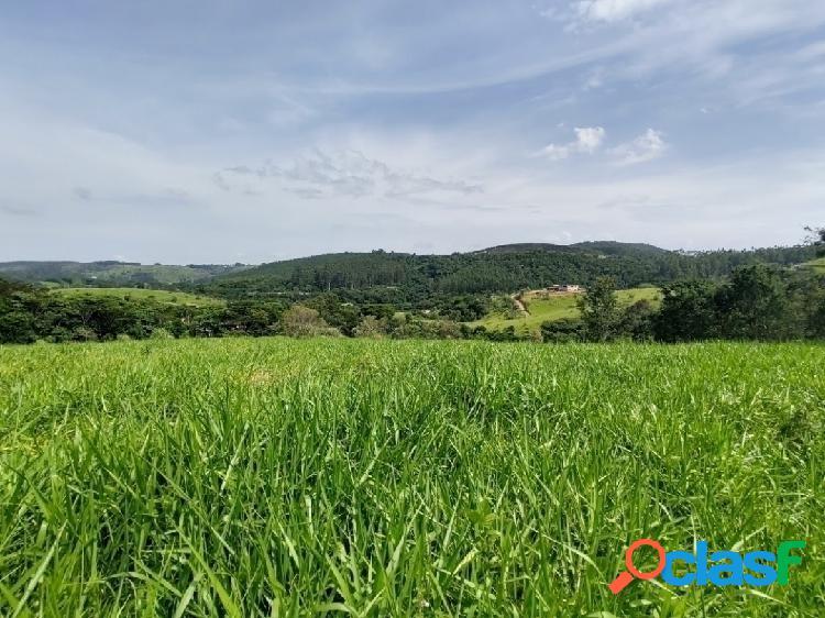 Lindo terreno com vista para as montanhas - joaquim egídio