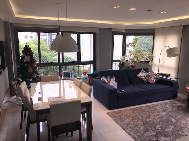 Apartamento 3 dormitórios no Mont Serrat com 2 vagas