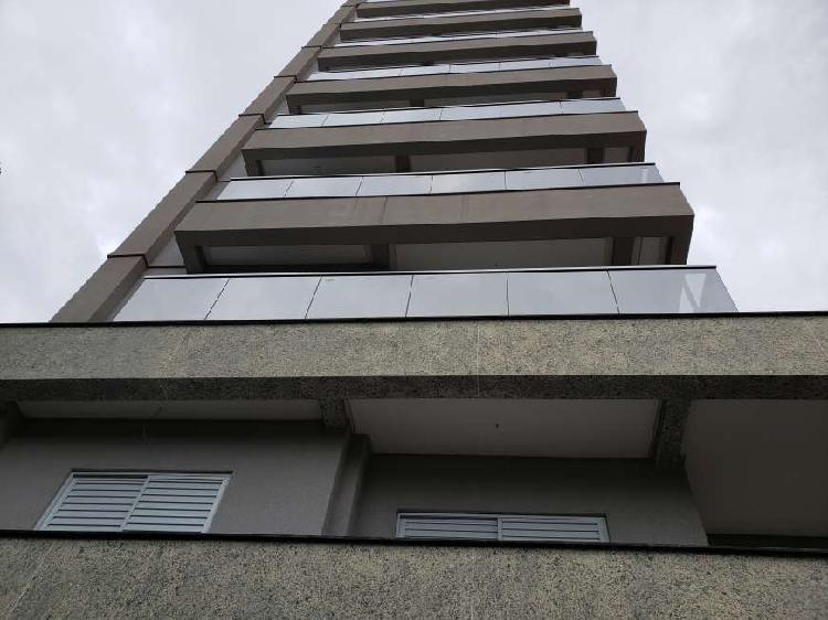 Apartamento 92 m²,duas vagas.