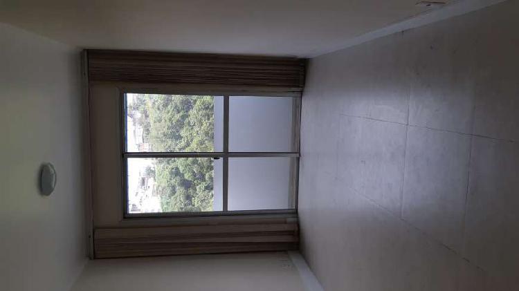 Apartamento três dormitórios 57 mts ao lado do atacadão