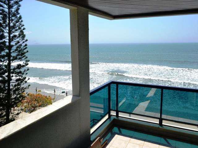 Cobertura 2 dormitórios 1 vaga, Meia Praia