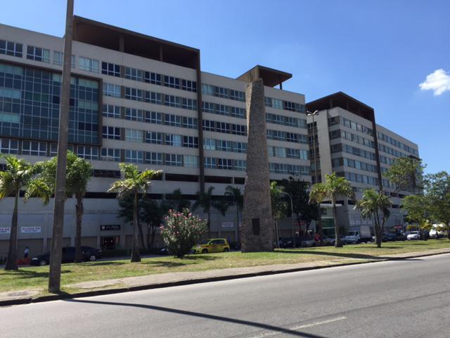Lojão de frente de rua, Condomínio Plaza Office CAMPO