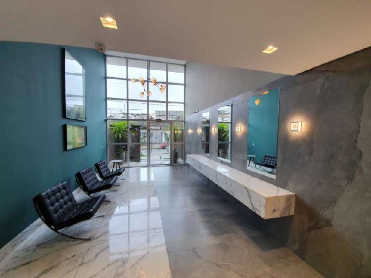 rea privativa em prédio imponente e de LUXO no Eldorado.
