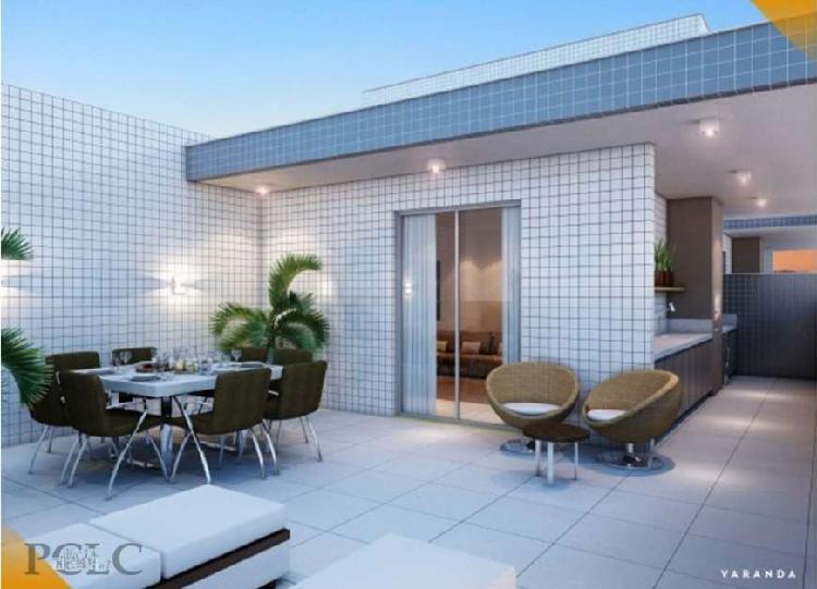Apartamento-Cobertura com 162m², 3 quartos (1 suíte), no
