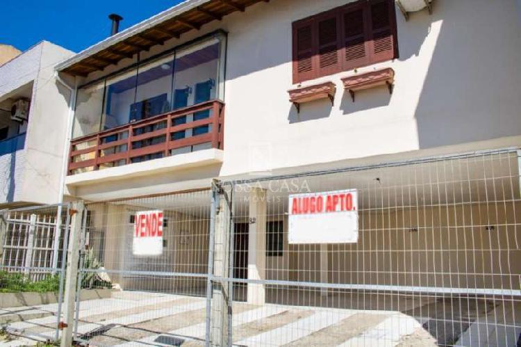 Apartamento de 2 dormitórios no centro da cidade de