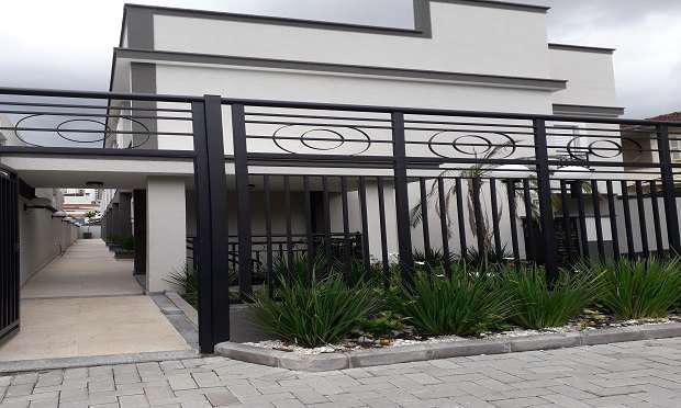 Casa em condomínio fechado - rua copacabana