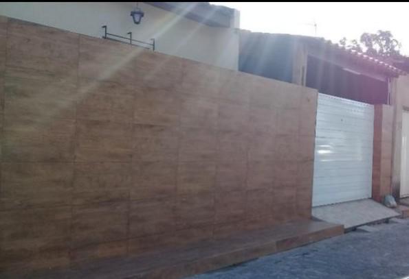 Casa de condomínio para venda possui 60 metros quadrados