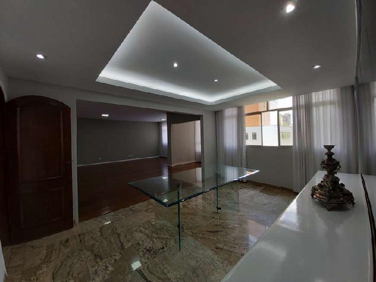 Excelente apartamento para aluguel, 230 m2 com 4 quartos em