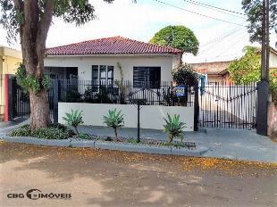 2 casas (132 + 60 m2) vila morangueira
